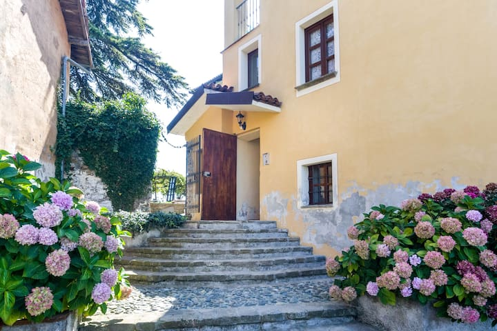 CASTELLO DI GRILLANO Apartment - Ovada - อพาร์ทเมนท์
