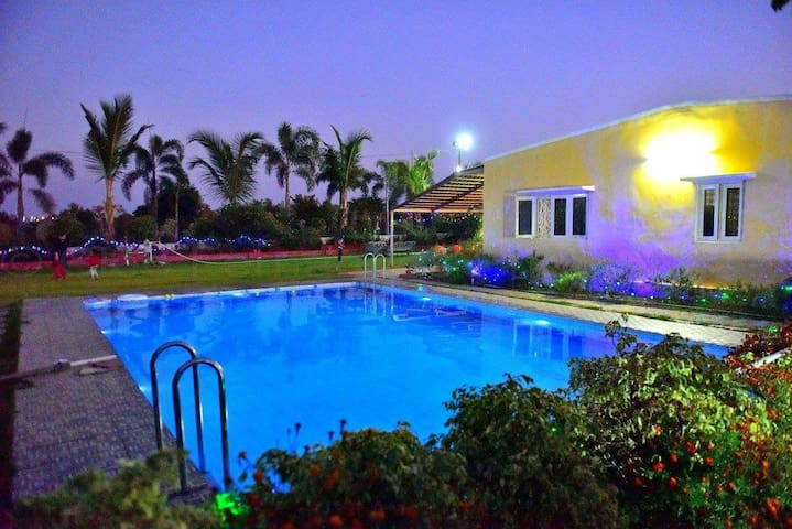 Farm house stay with swimming Pool near Hyderabad - Kallakal - Villa