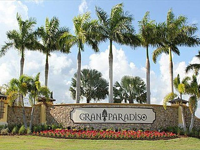Entrance to Gran Paradiso Community off Hwy 41 near N. River Rd.
