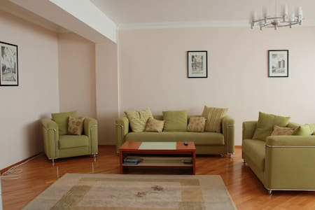 Fully furnished 4 room apartment with great view - Baku
