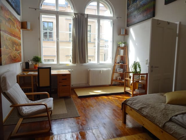 Private Room in Art Studio Loft Berlin Mitte