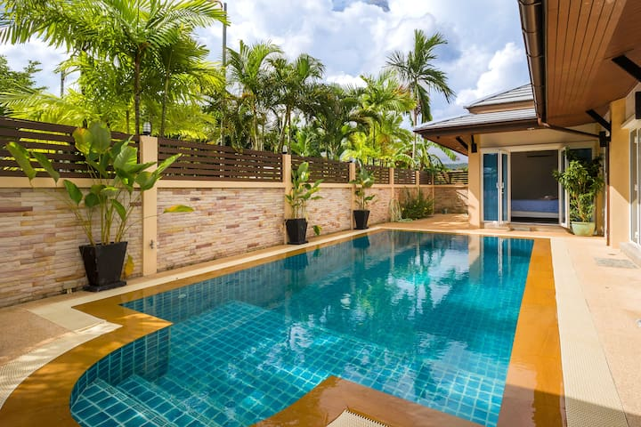 3 Bedroom Private Pool Villa close to Patong