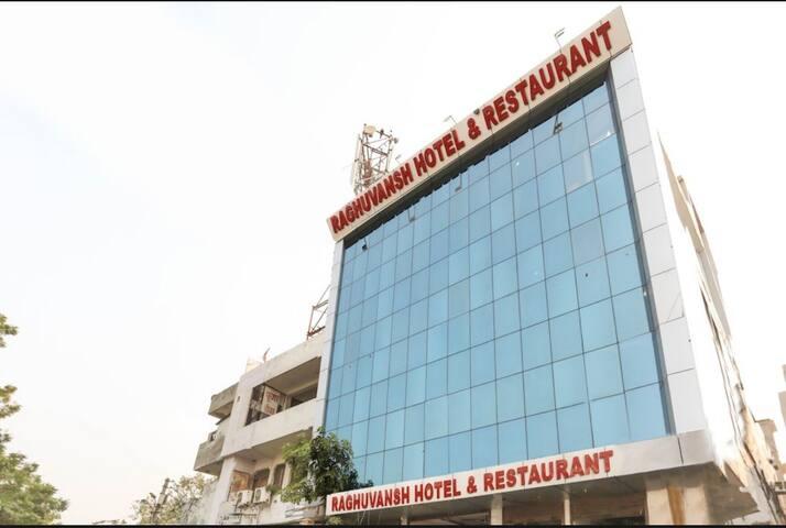 3Star Hotel Raghuvansh Double Room 1