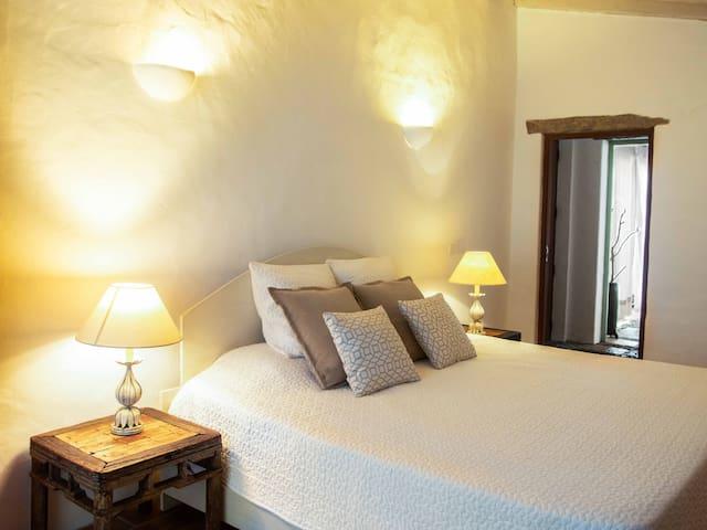 """Quinta Sol d'Agua - """"Barro"""" room"""