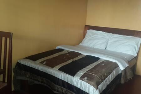 Jessams Guest House - Bed & Breakfast
