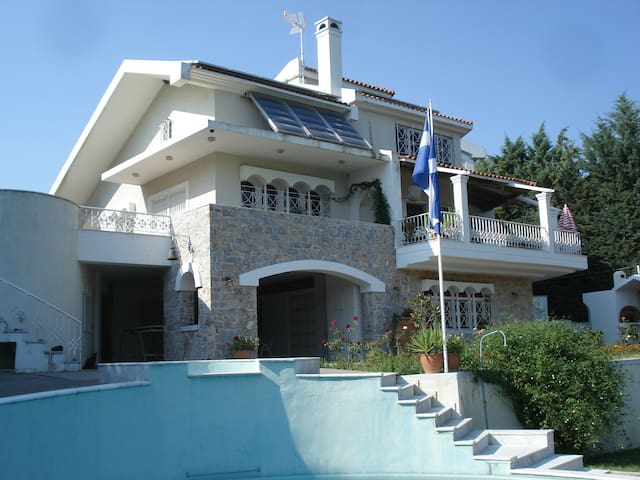 VILLA LUXURY APARTMENT - Kapandriti - Mikrochori - Willa