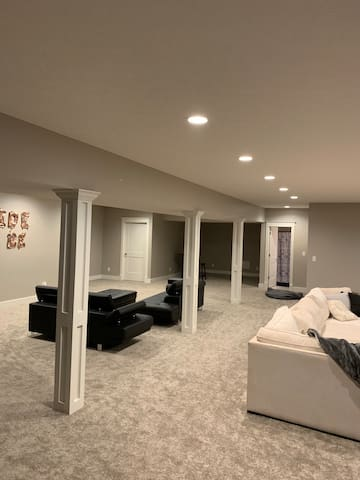 Cozy Purdue home with private living room
