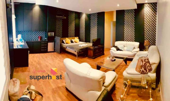 Independent Studio Apartment Near Gulberg