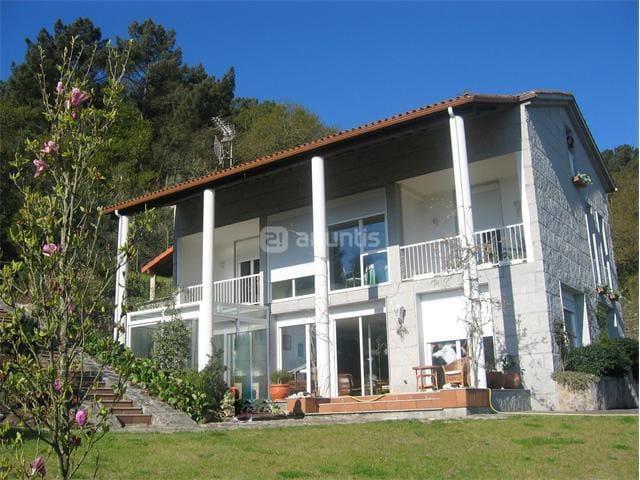 Casa con Piscina y magníficas vistas - Barbantes (Orense)