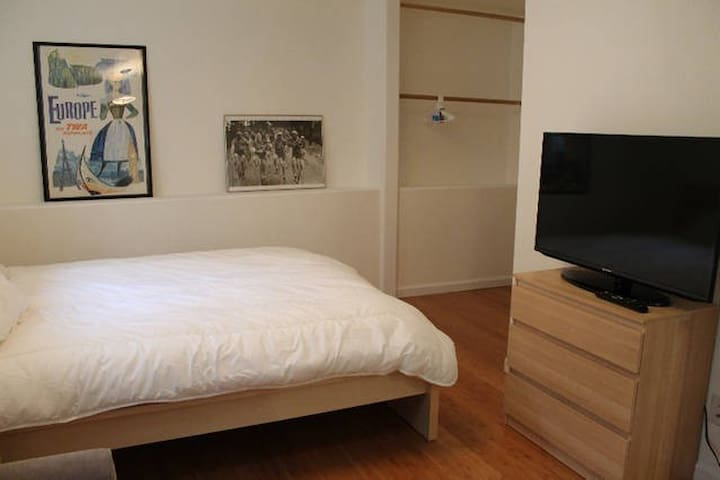 Garden Level Unit for 2 Centrally located in SF