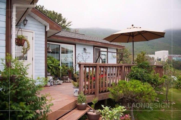 진도 국립남도국악원 근처, 아리랑길에 위치한 아름다운 쉼터 - Jindo-gun - Дом