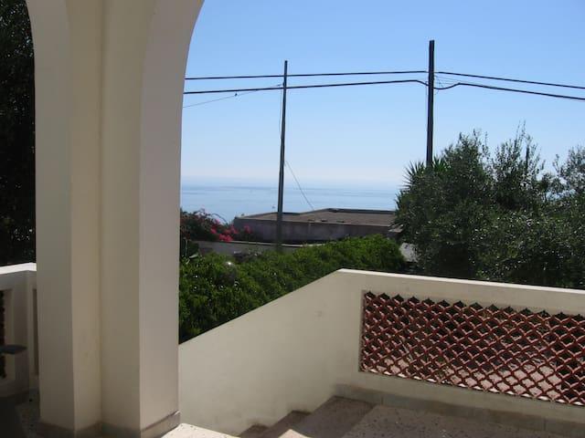 Villa sul mare del Salento.