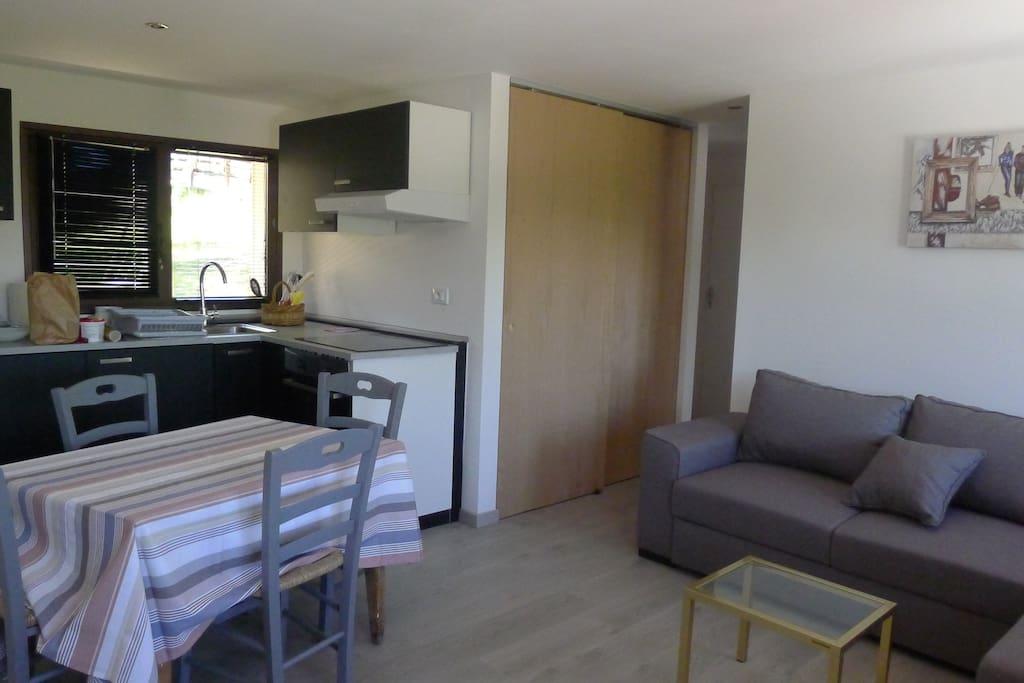 42 m²