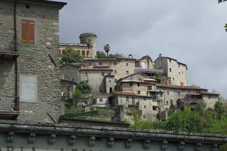 Appartamento in palazzo d'epoca - Bagnone