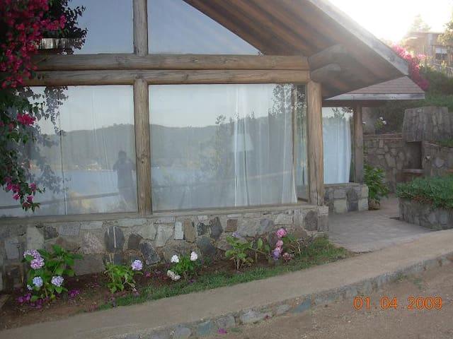 Cabañas Lago Vichuquen - Vichuquén - Mökki