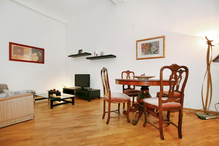 Two-room Apartment [Boboli Gardens]