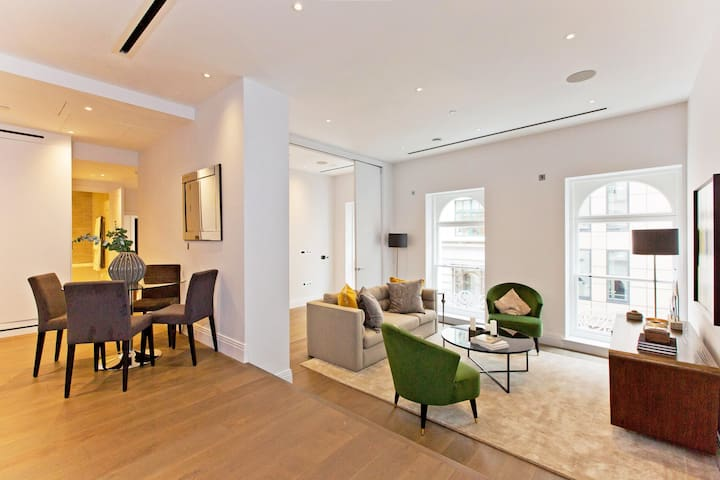 Charming Chancery Lane 2 bedroom with AC