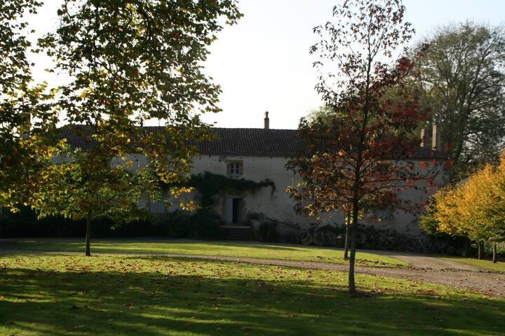 Manoir de La Vergne,Charente, location de vacances