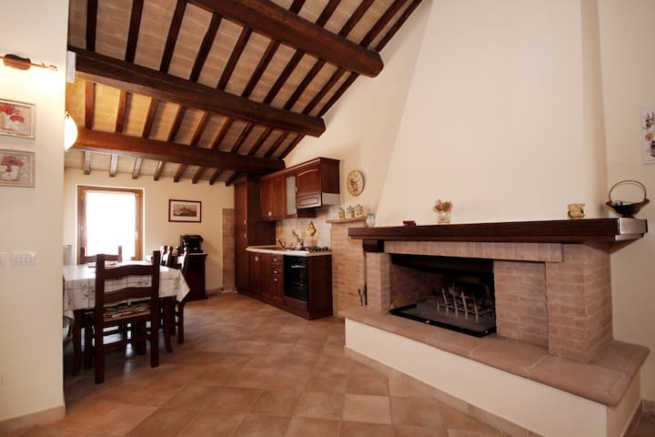 Historical country house in Umbria - Montefalco - Apartamento