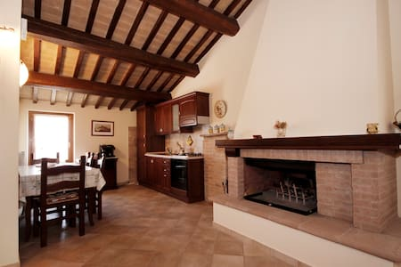 Historical country house in Umbria - Montefalco