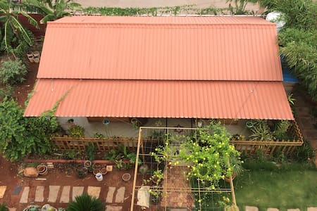 Wood House with a beautiful Garden. - Hyderabad - 独立屋