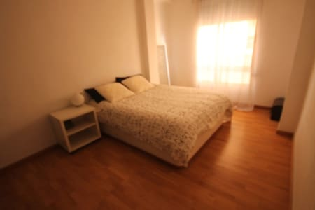 /* NEW */ Big room in Benicàssim city center - Benicasim