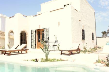 Superbe villa avec piscine vue mer - Djerba Midun