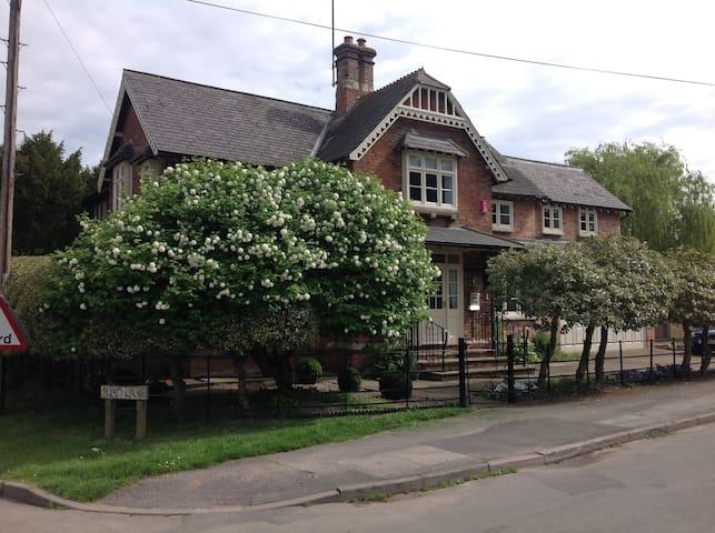 Luxury B&B in Caunton (King Size) - Nottinghamshire - Bed & Breakfast