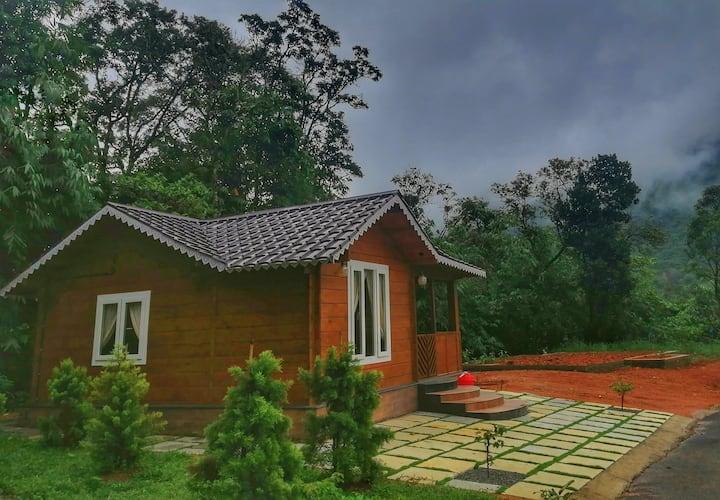 Wood House Honeymoon Cottage
