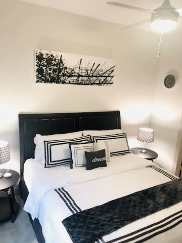 Bedroom-King bed