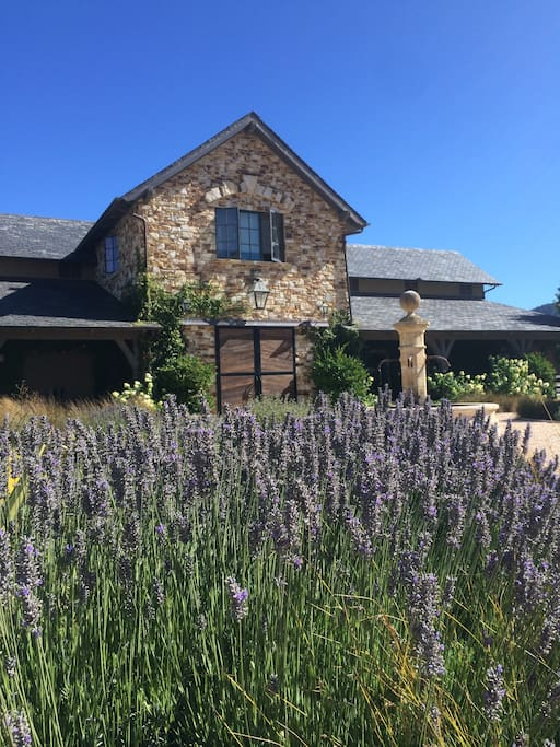 Luxury apartment over barn in carmel valley apartments for Barns with apartments above