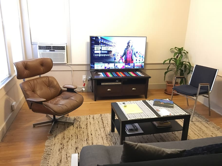 DVD Player with 55' Smart LED TV, free watching NETFLIX during your staying. Cooling and Heating A/C