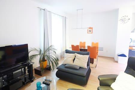 Lujoso y nuevo apartamento - Český Krumlov