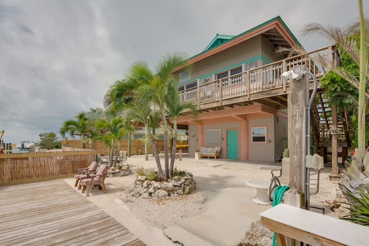 Dog-friendly bayfront home w/ 35-ft dock, ocean views & great fishing!