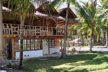 Ramalyn Beach Resort Mixed Dorm Room Front Beach