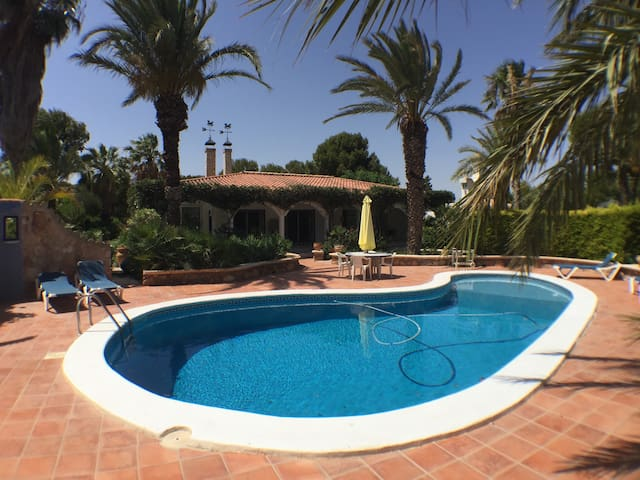 Luxe Villa EL OASIS mit pool 600 meter von Strand - Terreros