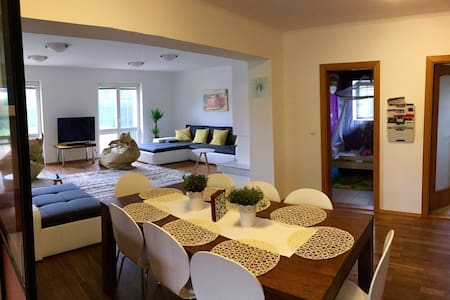 Luxury apartment with garden in Prague - Praga
