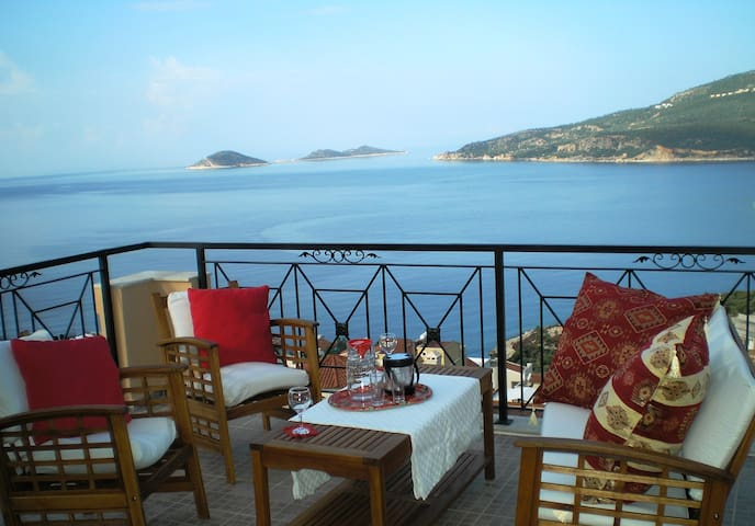 Villa with Stunning Sea Views - Kalkan - Casa