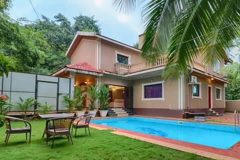 Northern Villa Private Swimming Pool