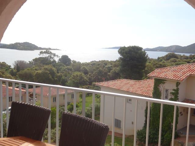 studio terrasse vue mer golfe de porto-vecchio