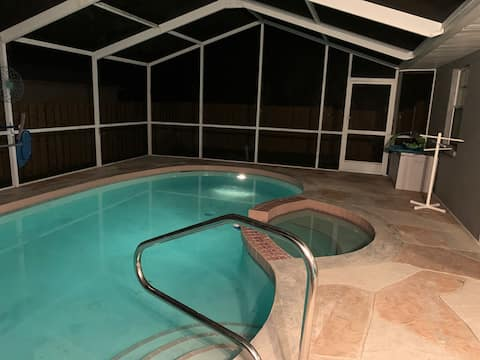 Sea Pointe House - newly renovated pool house