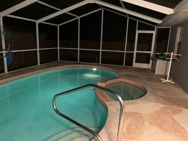 Sea Pointe House - newly renovated pool house