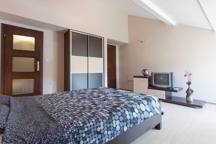 Villa Renessans - room for three