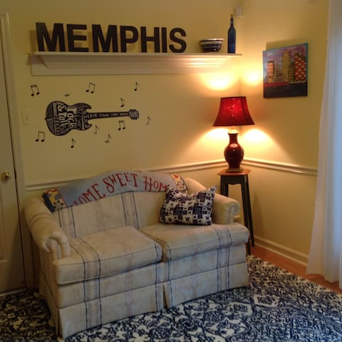 Get comfy with a Memphis vibe in this sweet space