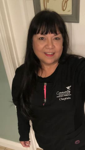 Hi I am Tina the owner and I reside on the property. I rent rooms to female Travelers. (mostly travel Nurses) Its a very spacious relaxing  home in a great neighborhood.