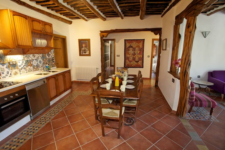 Casa Carole - 3 Bedroom Luxury Apartment