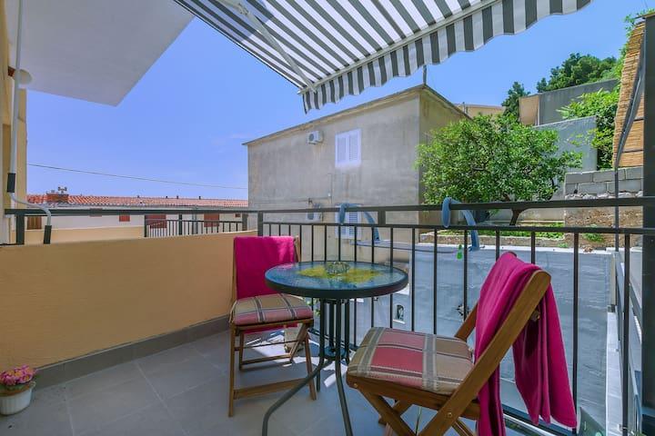Appartamento Studio, a Omis, Il terrazzo