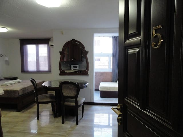 Adrovic apartments - apartment for two + 1  #005 - Budva - Appartement