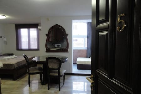 Adrovic apartments - apartment for two + 1  #005 - บุดวา - อพาร์ทเมนท์