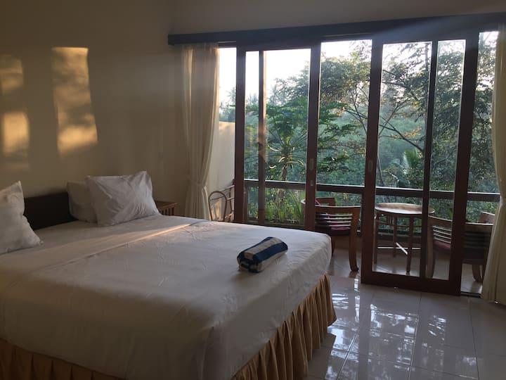 D'tepi Ubud House and Yoga Retreat